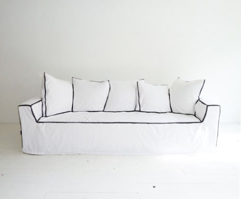 my-couch-my-canvas-1