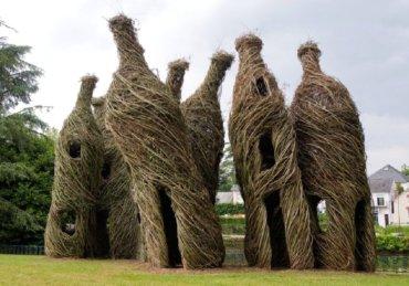 sortie-de-cavefree-at-last-jardin-des-arts-chateaubourg-france-2008