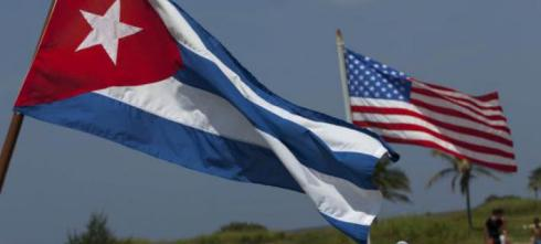 o-us-cuban-flags-facebook