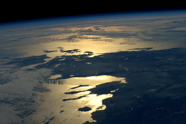 Η Ελλάδα στο απαλό φιλί του ήλιου που δύει
